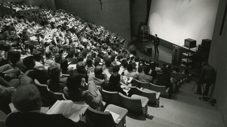 lecture_hall_gray.jpg